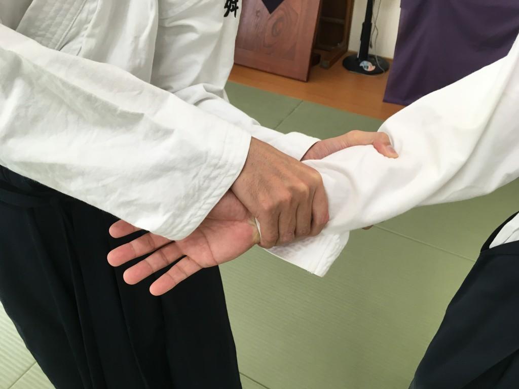 合気道_呼吸力_片手両手①